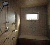 MASTER WALK-IN STEAM SHOWER