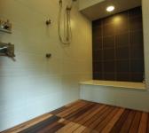 OWNER\'S BATHROOM